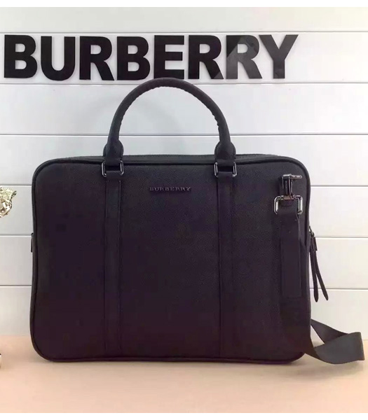 Burberry Classical Notebook Messenger Laptop Bag In Black