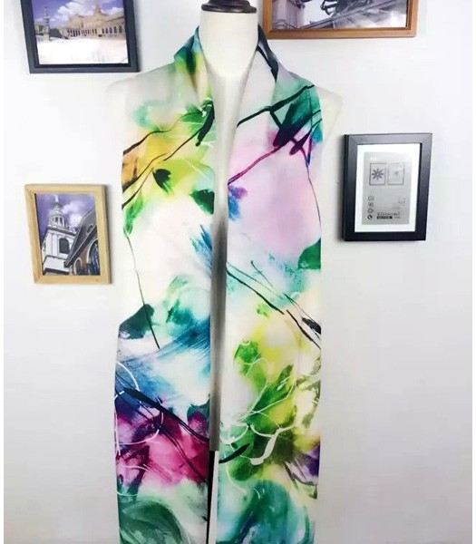 Christian Dior High-quality Flowers Painted Scarf In Green