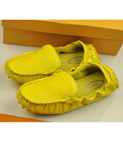 Tod's Buttermilk Skin Soft bottom Doug Yellow Shoes