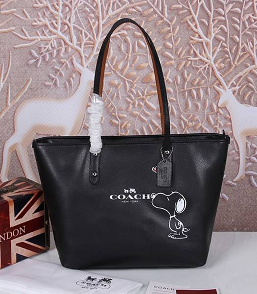 Coach Peanuts Snoopy 37273 Black Leather Zip Tote Bag