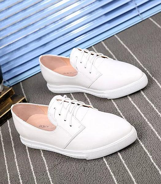 Dolce&gabbana Calfskin Leather Casual Flat Shoes In White