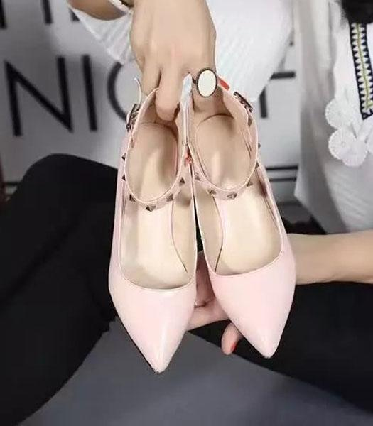 Roger Vivier Calfskin Patent Leather Shoes In Pink
