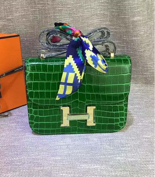 Hermes 23cm Croc Veins Green Leather Shoulder Bag