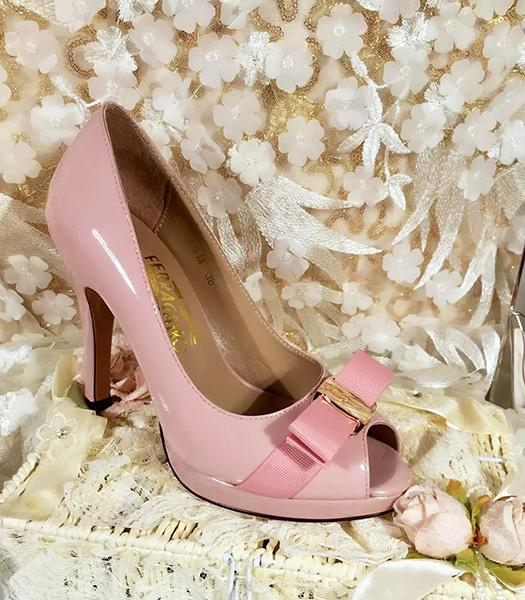 Ferragamo Pink Patent Leather Fish Head 10.5cm Pumps
