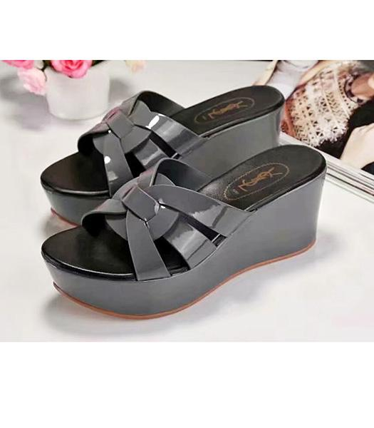 Yves Saint Laurent Patent Leather Wedges Sandals Dark Grey