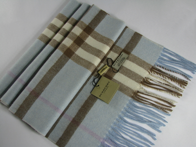 Burberry Mega Check Cashmere Scarf_Blue_BUM04