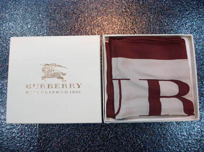 Burberry Silk Scarf_Wine Red_BUS901