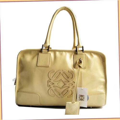 Loewe Amazona Bag_Beige_Patent Leather_D141