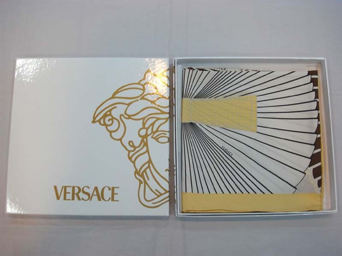Versace Silk Scarf_Yellow_VS89023